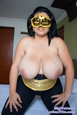 Maria And Her Humongous 44DDD Knockers