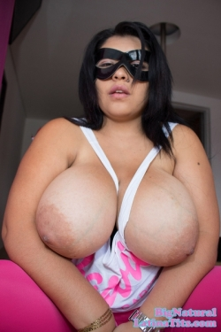 Titty Fucking Maria's 44DDDs