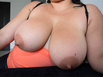 Busty MILF Gives Head Then Fucked
